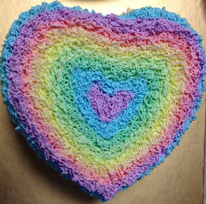 双鸭山岭东区彩虹蛋糕:爱心彩虹