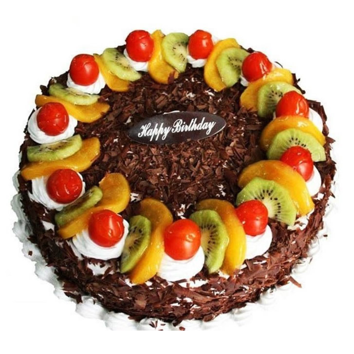 金塔巧克力蛋糕:生日水果蛋糕